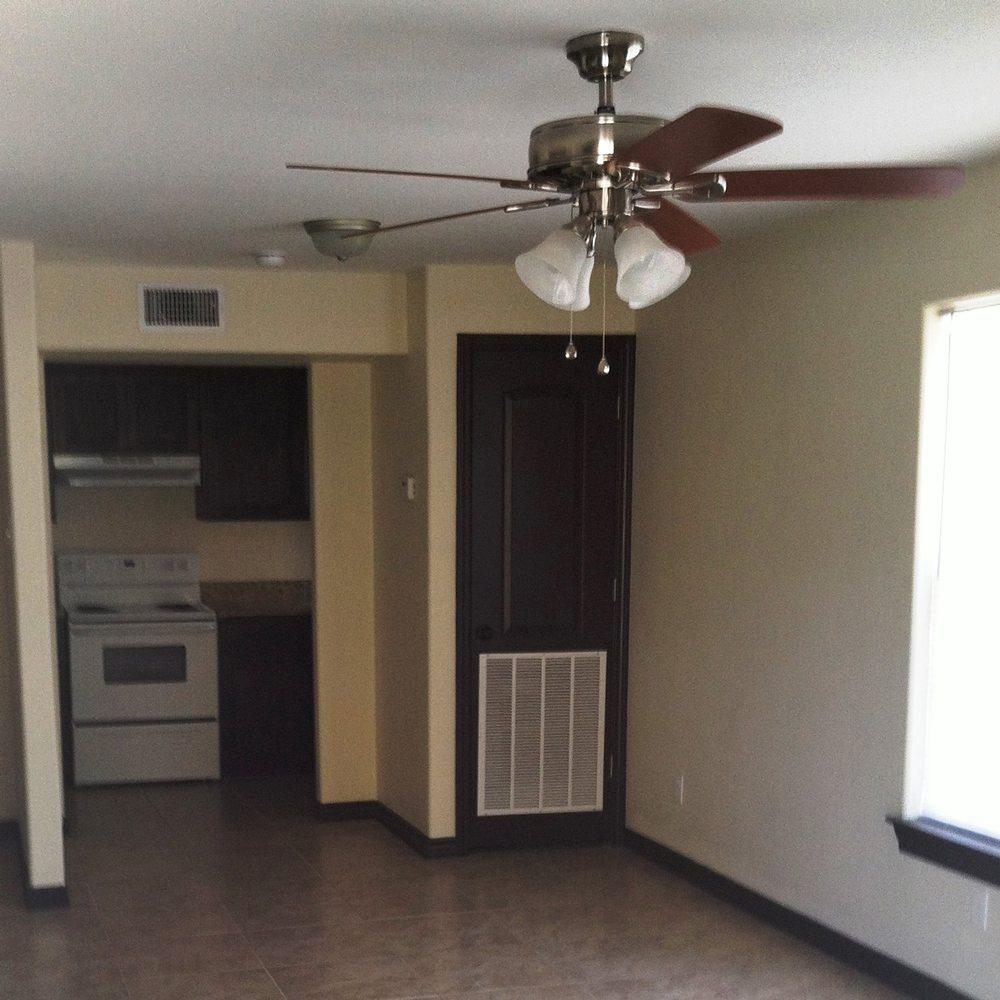 Riverhill Apartments: Laredo Horizons Development Corporation